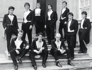 David Cameron and Boris Johnson in the livery of the Oxford University Bullingdon Club (crica 1986)